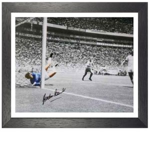 Gordon Banks Framed Signed Photo