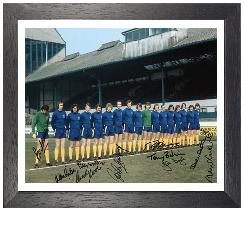 Chelsea 1971 Framed Team Photo signed by 10