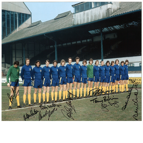 Chelsea 1971 Team Photo signed by 10