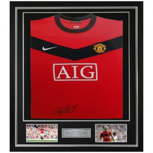 Ryan Giggs Deluxe Framed Signed Manchester United Shirt