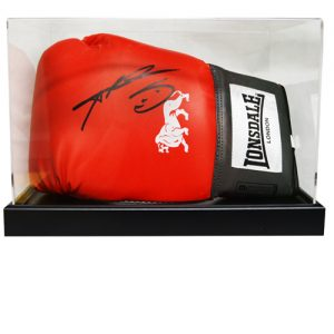 Sugar Ray Leonard Signed Glove in an Acrylic Case